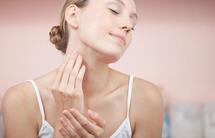 Уход за кожей шеи и зоны декольте в домашних условиях