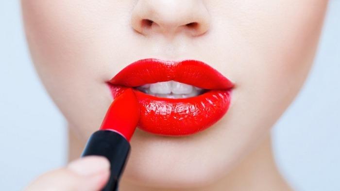 Помада для увеличения губПомада для увеличения губ