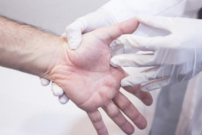 Почему чешутся ладони и пальцы