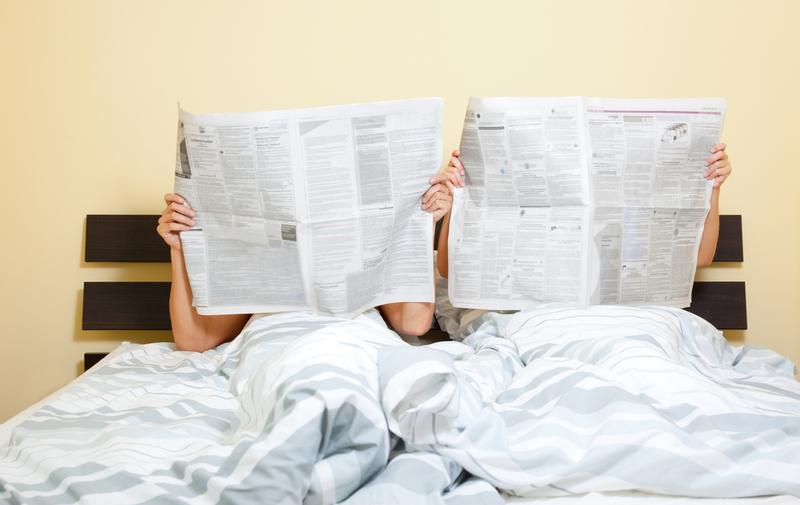 Почему супругам нельзя спать под разными одеялами