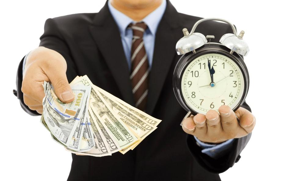Когда лучше отдавать деньги, взятые в долг: подходящие для этого дни недели