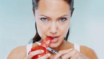 Почему по приметам нельзя есть с ножа