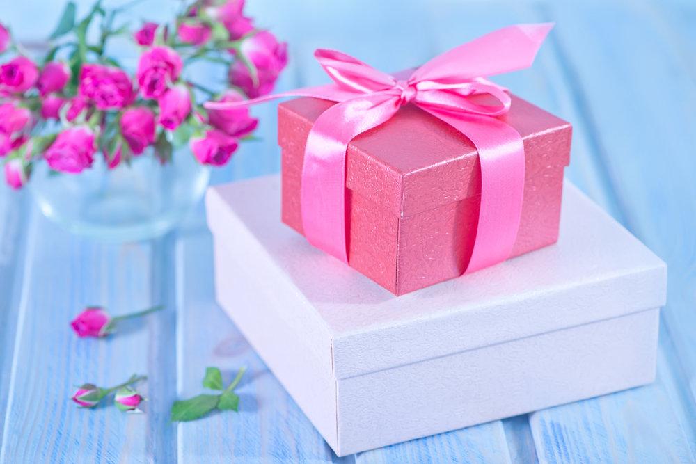 Универсальная подсказка: самые лучшие подарки на праздники для каждого знака Зодиака