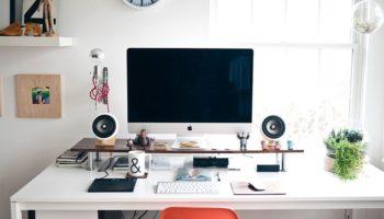 Располагаем стол по фен-шуй: как организовать рабочее место для успешной карьеры