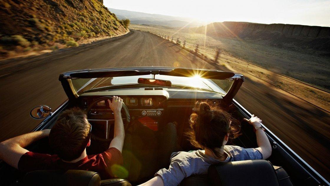 Если дважды чихнуть перед дорогой, то путешествие будет благополучным, и еще 4 приметы для долгой поездки