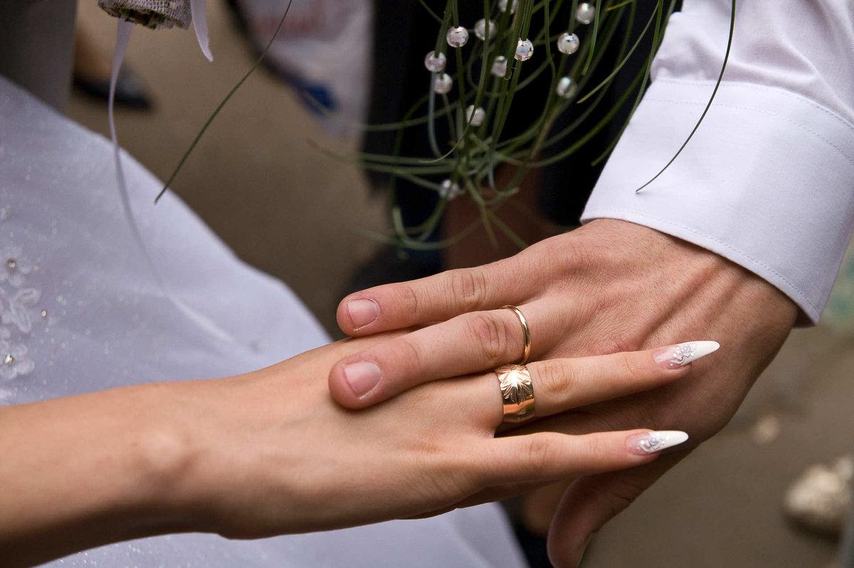 Почему лучше не терять обручальные кольца, особенно мужу