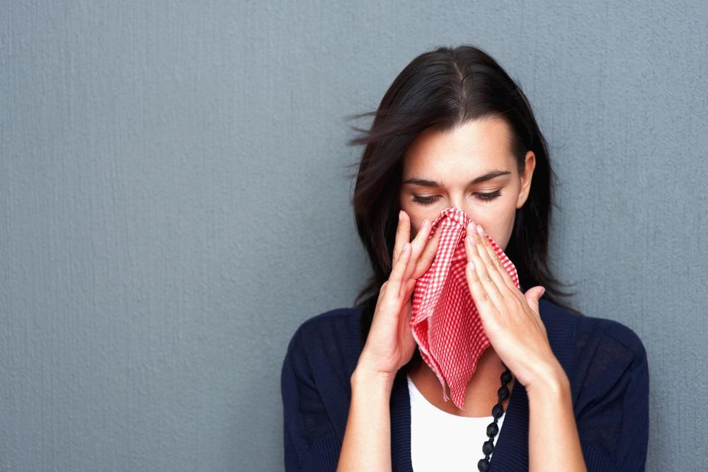 Это не просто чих: о чем говорят приметы, если вы чихнули несколько раз