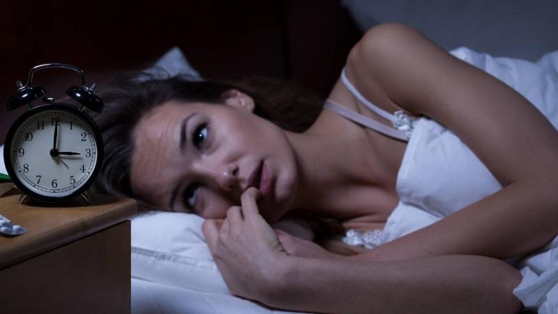 Если вы проснулись ночью и не можете уснуть: что говорят приметы