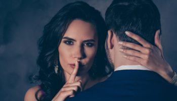 Как отличить влюбленность от приворота