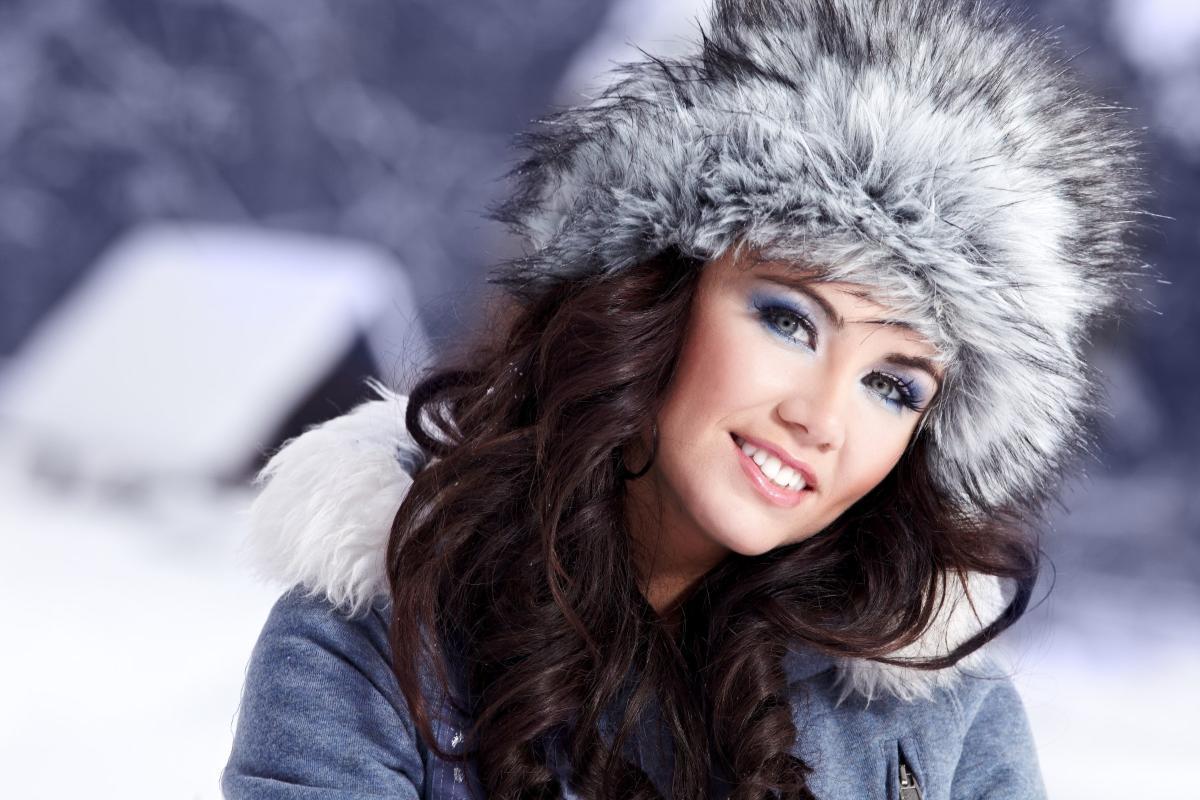 Зимняя шапка из меха