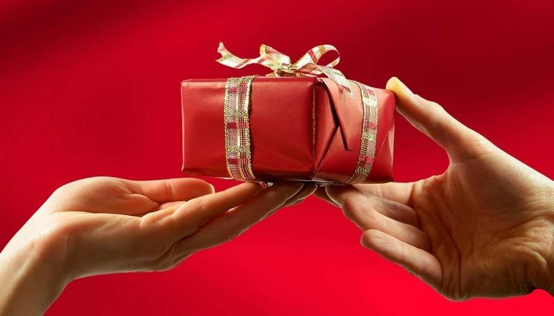 К несчастью: 8 вещей, которые не следует дарить на день рожденья
