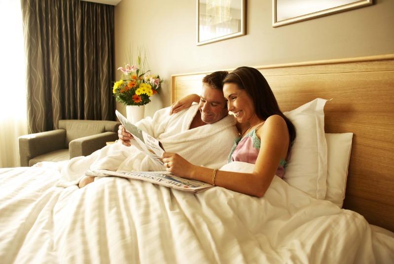 Грозит одиночеством и разладом в браке: 7 вещей, которые лучше убрать из спальни по приметам