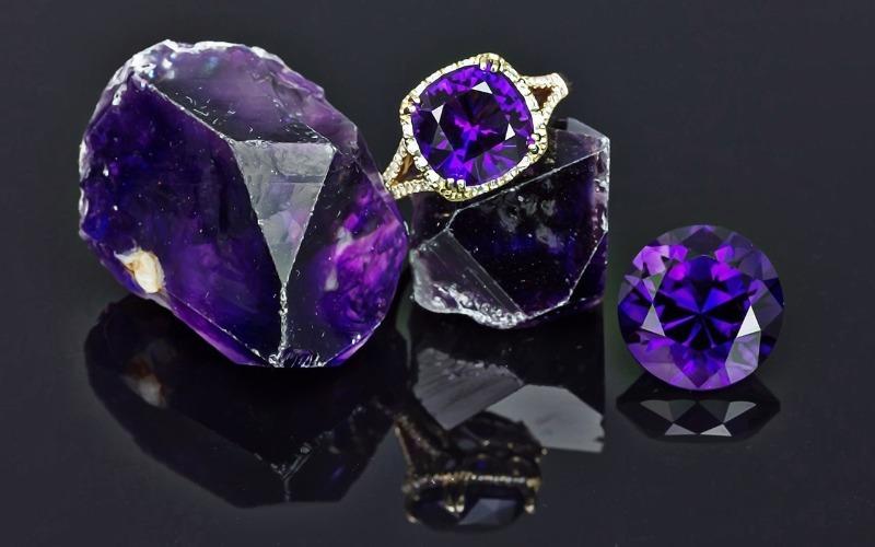 Какие камни нельзя дарить и принимать в дар по приметам