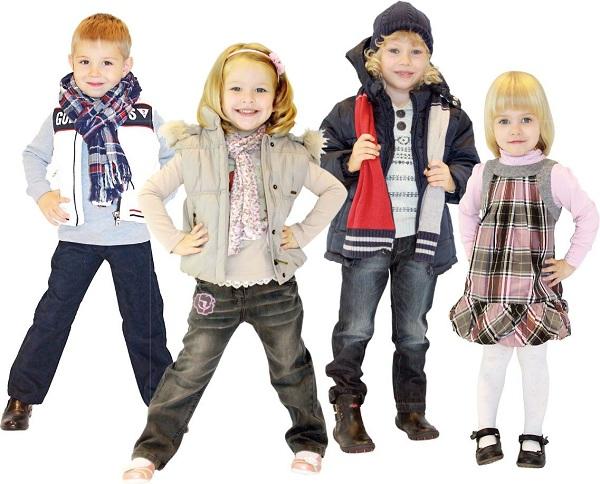 Разнообразная одежда для ребенка