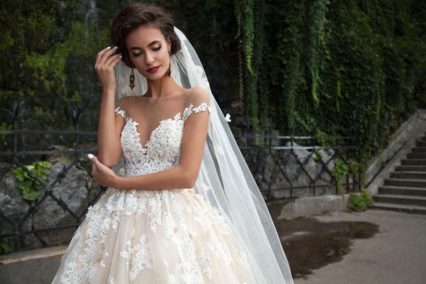 Купить свадебное платье или взять напрокат?