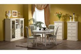 Мебель из массива – для особенных интерьеров